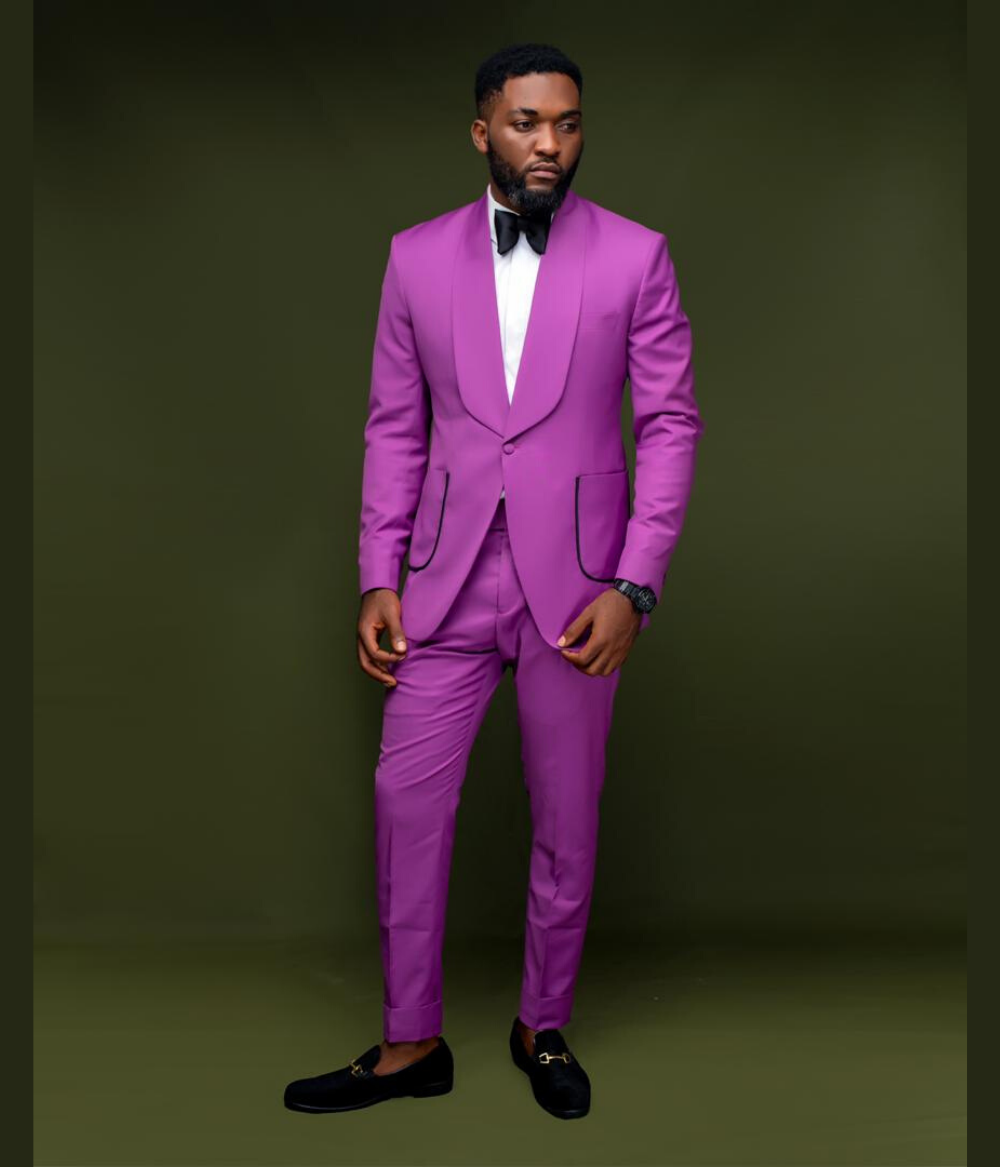 Mulberry Pink Shawl Lapel Suit With Detailed Pockets