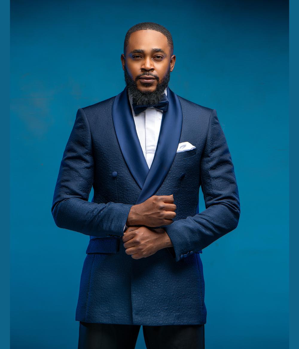 Navy Blue Shawl Lapel Formal Wedding Suit