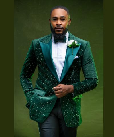 Embellished Emerald Green Peak Lapel Men's Wedding Suit